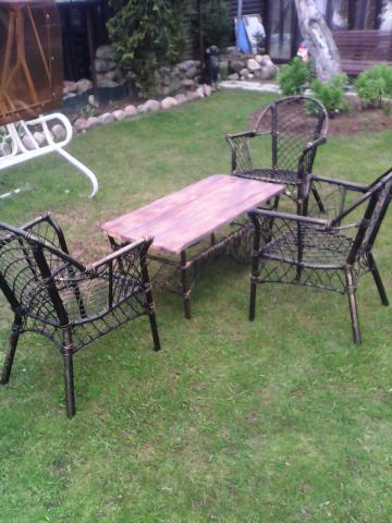 Кованый набор стол и три стула