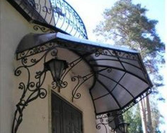 Кованый козырек зонтик