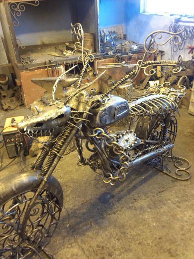Кованый мотоцикл