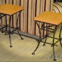 Комплект кованых стульев
